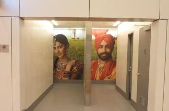 インドの空港のトイレ.jpg