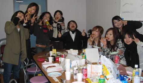 2005ゼミクリスマス会1.JPG