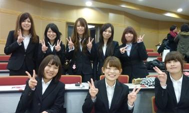 2011ゼミ生.jpg