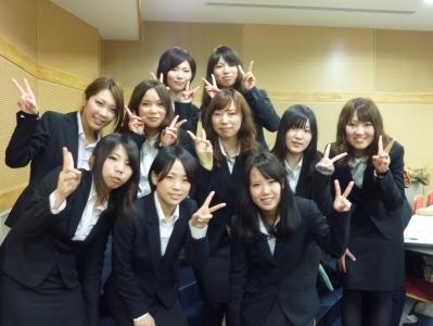 2011年度卒業研究発表会終了後全員集合.jpg