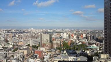 9月の空と立教大学.jpg