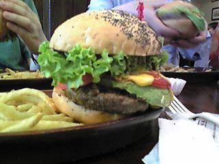 ハンバーガーの厚み.JPG