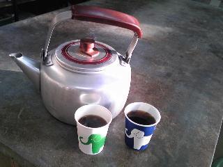 ヤカンでコーヒー.JPG