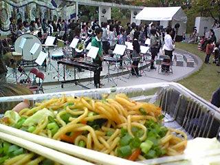 大学祭でヤキソバ.jpg