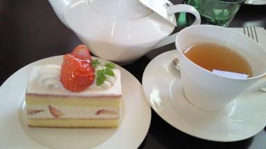 シェラトンホテル広島の苺のショートケーキ.jpg