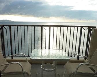ツネッサンスリゾートナルト窓から.jpg
