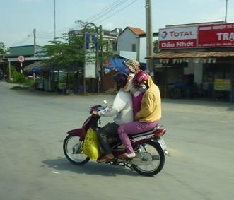 バイク立ち乗り.jpg