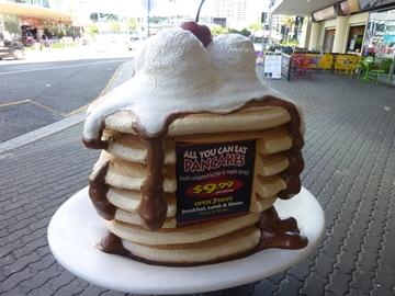 パンケーキのオブジェ.jpg