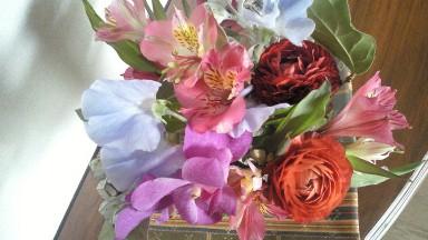 マブダチがくれた花&自分が買った花.jpg