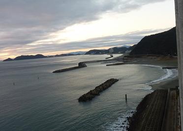 ルネッサンスリゾートナルトから見える海岸.jpg