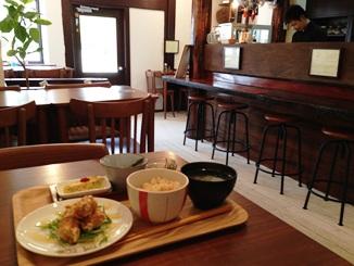 喫茶店月待ちランチ.JPG