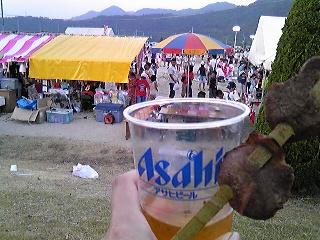 夏祭りでビールとタン.jpg
