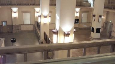 旧日本銀行広島支店一階.jpg