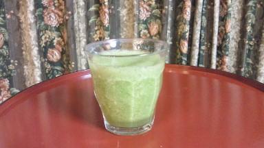 毎朝飲むグリーンスムージー.jpg