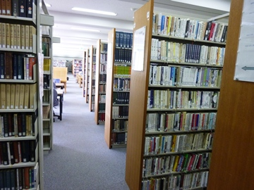 比治山大学の図書館.jpg