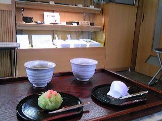 水木しげるロードの和菓子屋.jpg