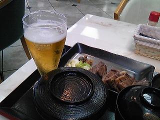 石巻学会終了後ビール.jpg