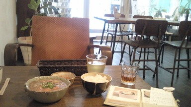 立教大学の横のカフェ.jpg