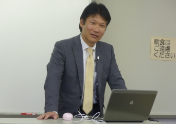 金澤所長講義個人2011.10.03.JPG