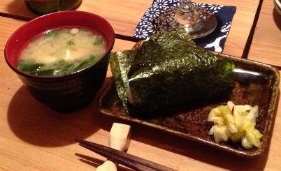 鯛の鯛のお味噌汁とおにぎり.jpg